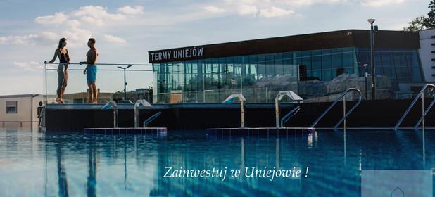 Mieszkanie na sprzedaż 47 m² Poddębicki (pow.) Uniejów (gm.) Uniejów Targowa - zdjęcie 1