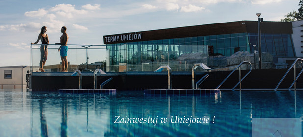 Mieszkanie na sprzedaż 61 m² Poddębicki (pow.) Uniejów (gm.) Uniejów targowa - zdjęcie 1
