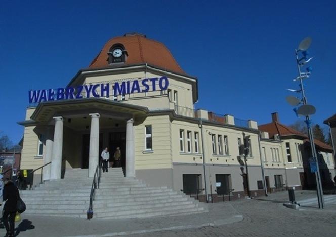 Lokal użytkowy do wynajęcia, Wałbrzych Armii Krajowej, 113 m²   Morizon.pl   8448