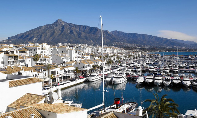 Mieszkanie na sprzedaż <span>Hiszpania, Andaluzja, Malaga, Marbella/uerto Banus</span>