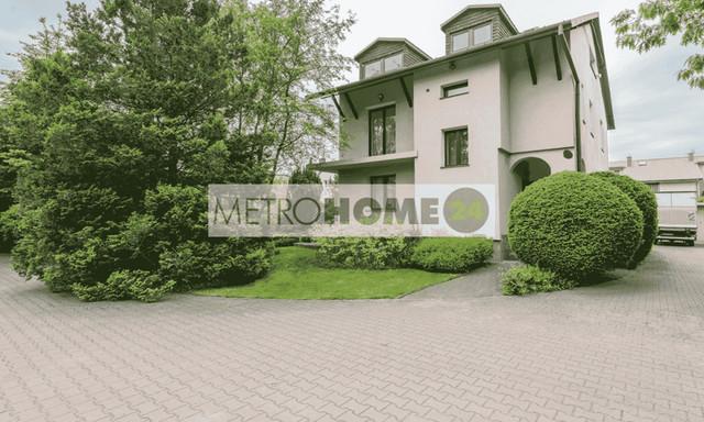 Dom na sprzedaż <span>Warszawa, Ursynów, ul. Farbiarska</span>