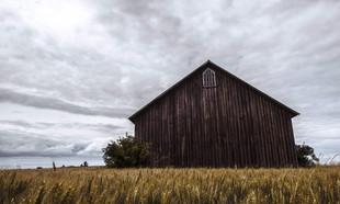 Adaptacja stodoły na dom – kompletny poradnik