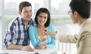 Protokół zdawczo-odbiorczy mieszkania podczas jego przekazania