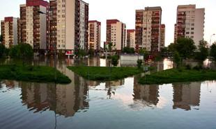 Jak zabezpieczyć nieruchomość przed powodzią lub zalaniem
